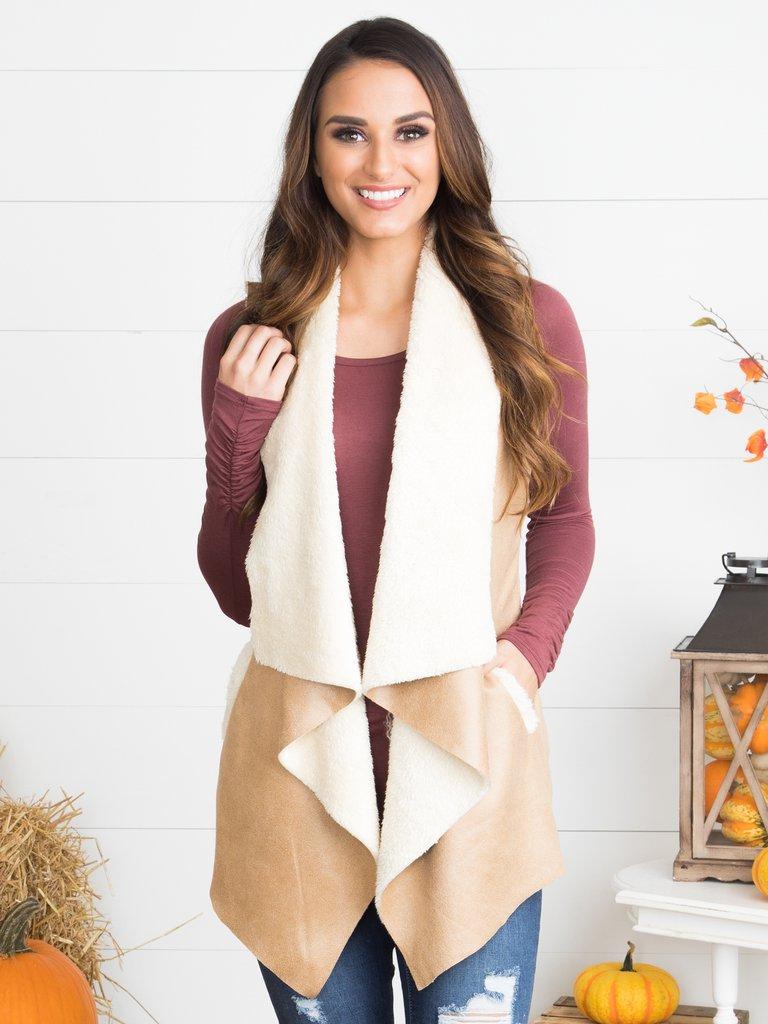 shop_eleven_oaks_boutique_fashion_summerfashion_fallfashion_scarf_vest_dress_sweater__217_21113fb9-dccd-4228-95cf-23520a8ecdac_1024x1024.jpg