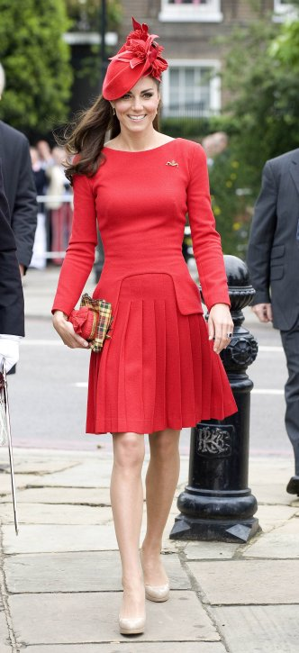 Kate-Middleton-Wearing-Red-Alexander-McQueen-Dress
